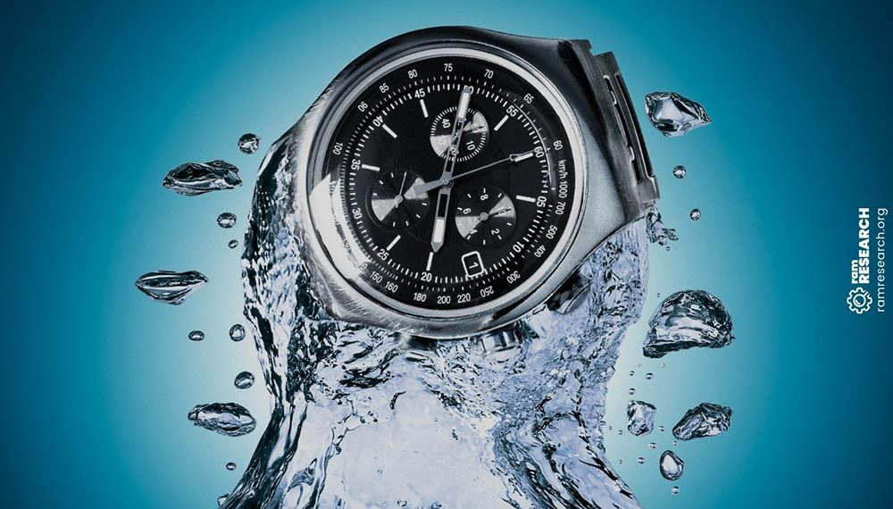dive watch in the water