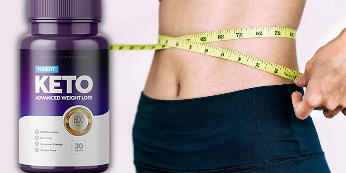 woman with slim body measuring her slim waistline and a purefit keto bottle