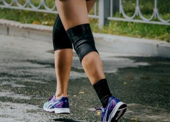 Best Knee Pads For Work And Sport featured image
