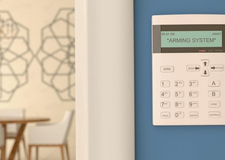 How to Choose a Home Security System Featured Image