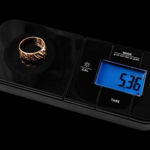a ring on the pocket scale