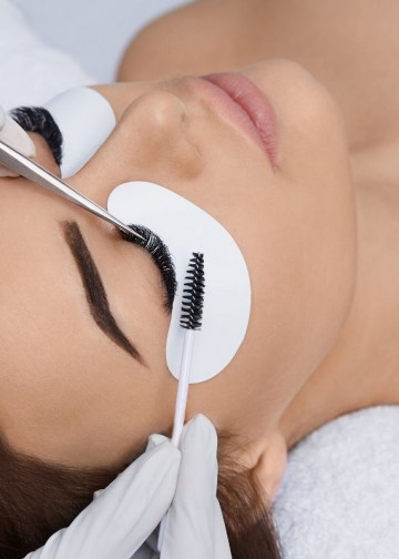 How To Apply Eyelash Extensions | Ram Research